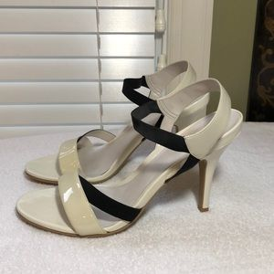 KENNETH COLE REACTION black & off white heels